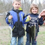 Collyn and Morgan Lane, ages 6 and 4 of Pleasant Valley, caught 3 fish.
