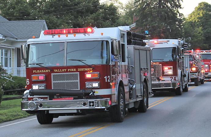 parade-firetrucks-18